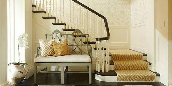 beautiful-sisal-stair-runner-in-a-staircase