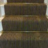 blkstrp-stair-carpet